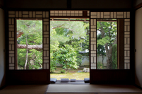 日本の将来を見た障子 (岩倉・岩倉具視幽棲旧宅)