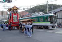 路面電車と巡行 (浜大津・大津祭)