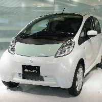 国内初の電気自動車タクシー誕生へ
