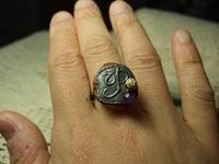 イニシャルの指輪
