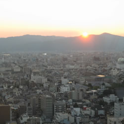 京都タワーから見た日の入り