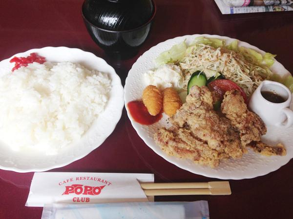 ポポクラブの唐揚げ定食