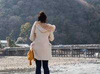 あったかい川べり(嵐山・渡月橋)