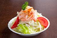 高橋秀樹さんは、カニサラダがお気に入り