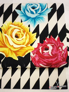 3色のバラと変わり市松