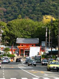 「八坂神社 西楼門」ベールを脱ぐ