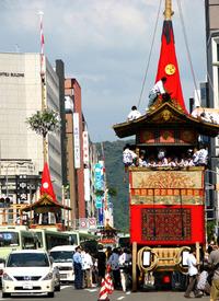 祇園祭2009・四条曳き初め~新町鉾建て山建て