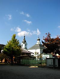 京都ハリストス正教会の背中が丸見え。