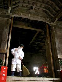 日吉大社・山王祭2010 3月14日・牛神楽祭の支度中 2010/03/26 22:24:32